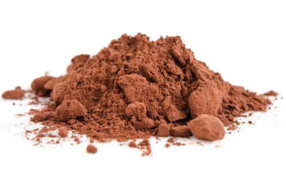 Häufchen Kakaopulver